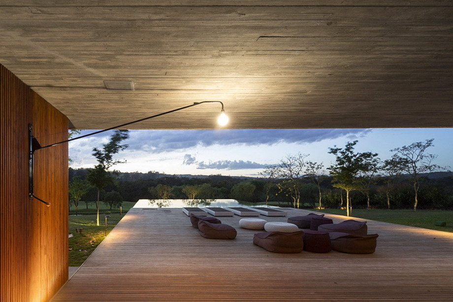 Casa MM house by architects from Studio MK27 in Brazil 13