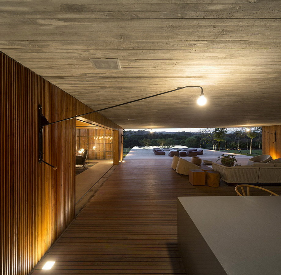 Casa MM house by architects from Studio MK27 in Brazil 14