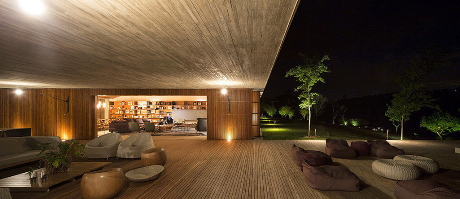Casa MM house by architects from Studio MK27 in Brazil 17