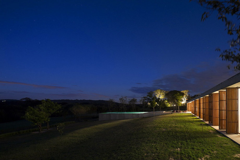 Casa MM house by architects from Studio MK27 in Brazil 6