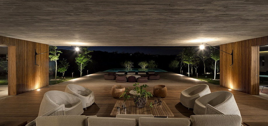 Casa MM house by architects from Studio MK27 in Brazil 7