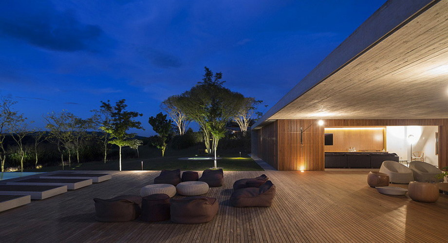 Casa MM house by architects from Studio MK27 in Brazil 9