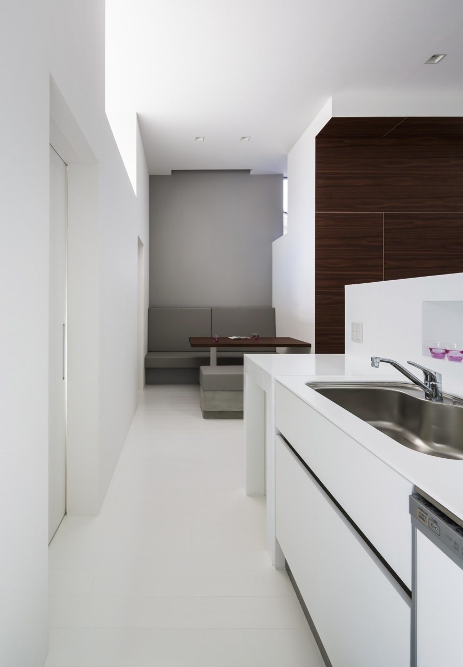 Compact house in Japan 9