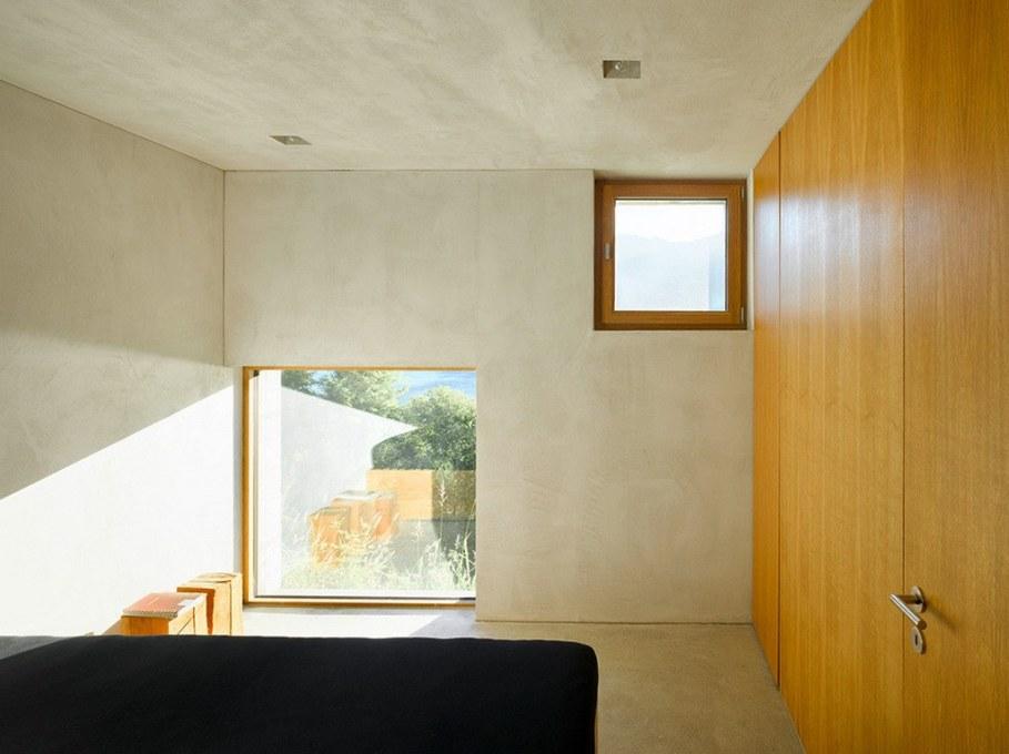 Concrete-Made House From Wespi de Meuron 11