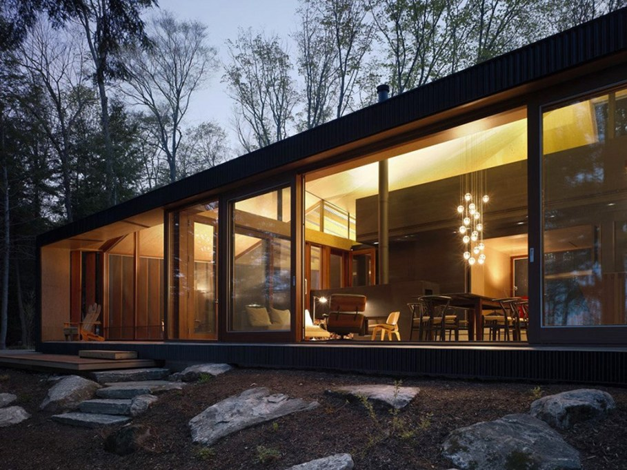 Country House For Rest On The Shore Of A Mountain Lake 4