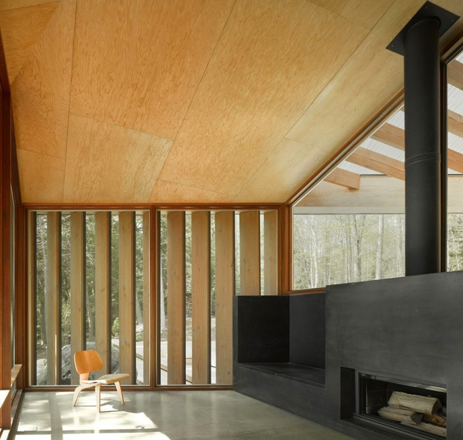Country House For Rest On The Shore Of A Mountain Lake 6
