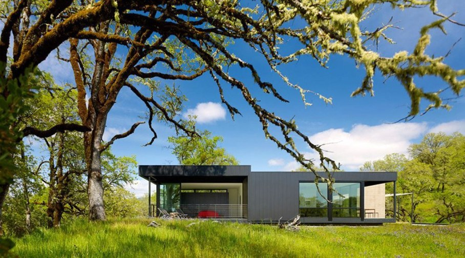 Country Rest House In Northern California - Facade