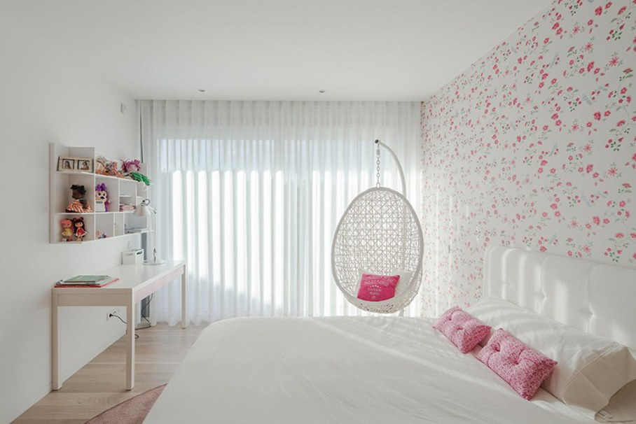 Cozy House For A Family With Children In Portugal - Bedroom