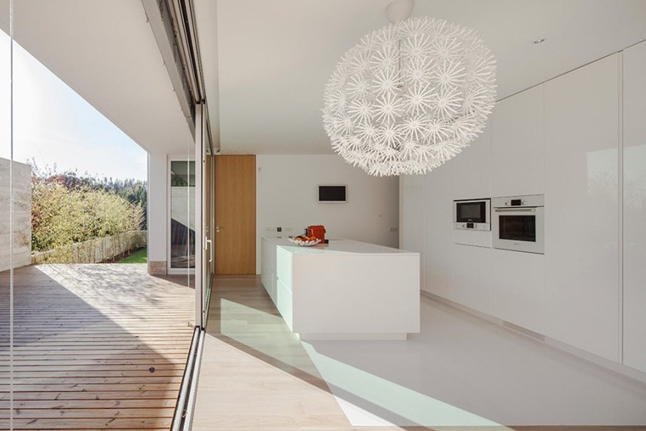 Cozy House For A Family With Children In Portugal - Large sliding doors