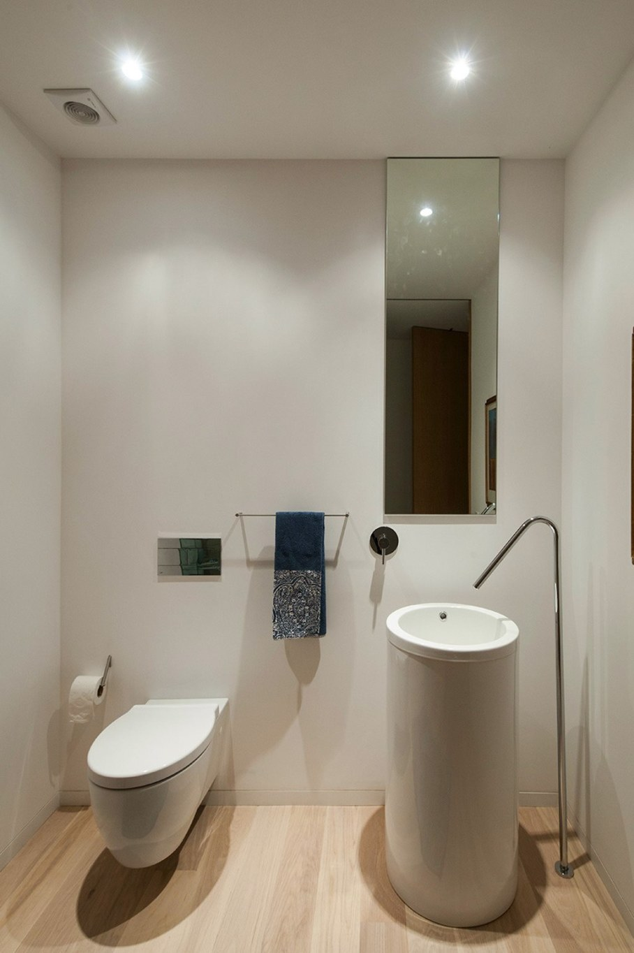 Cozy House For A Family With Children In Portugal - Washroom