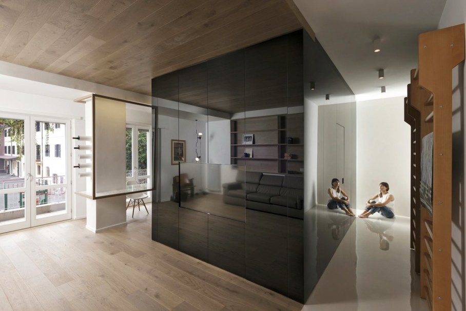 Cube House by Noses Architects studio 1