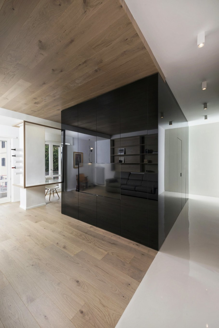 Cube House by Noses Architects studio 2