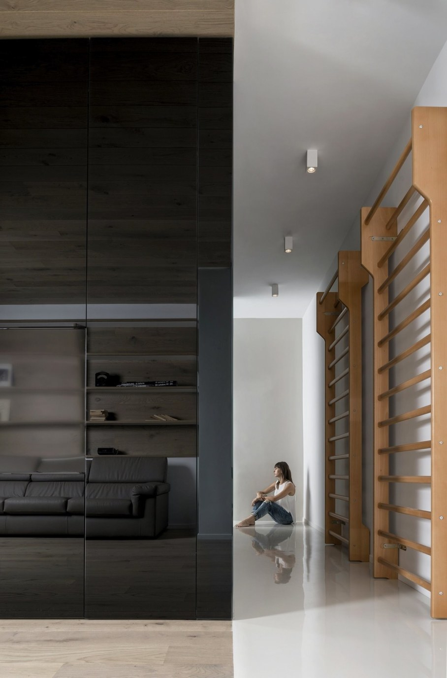 Cube House by Noses Architects studio 3
