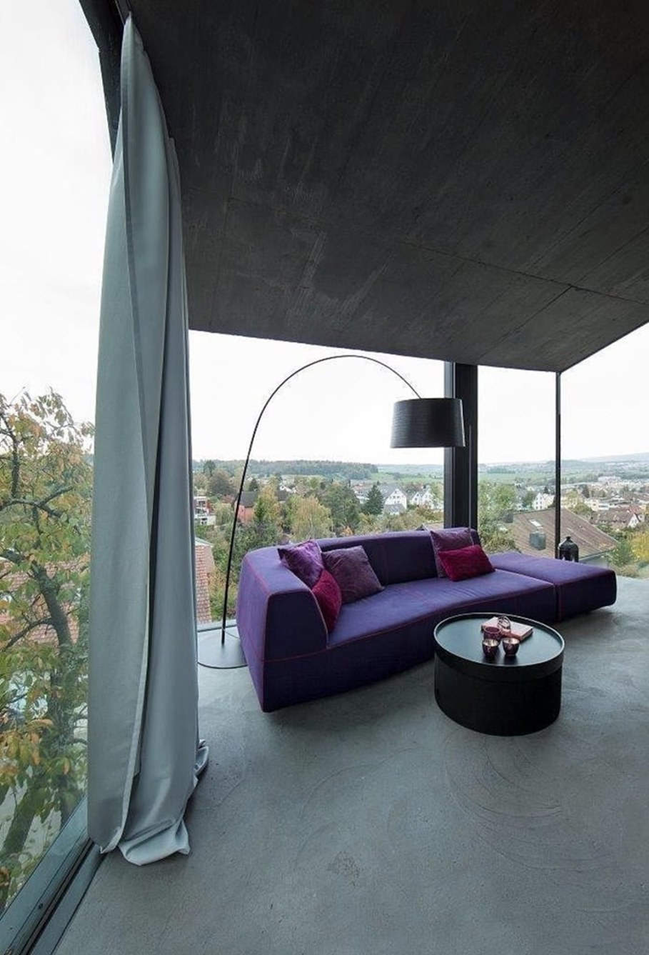 Design country house of glass and concrete 9
