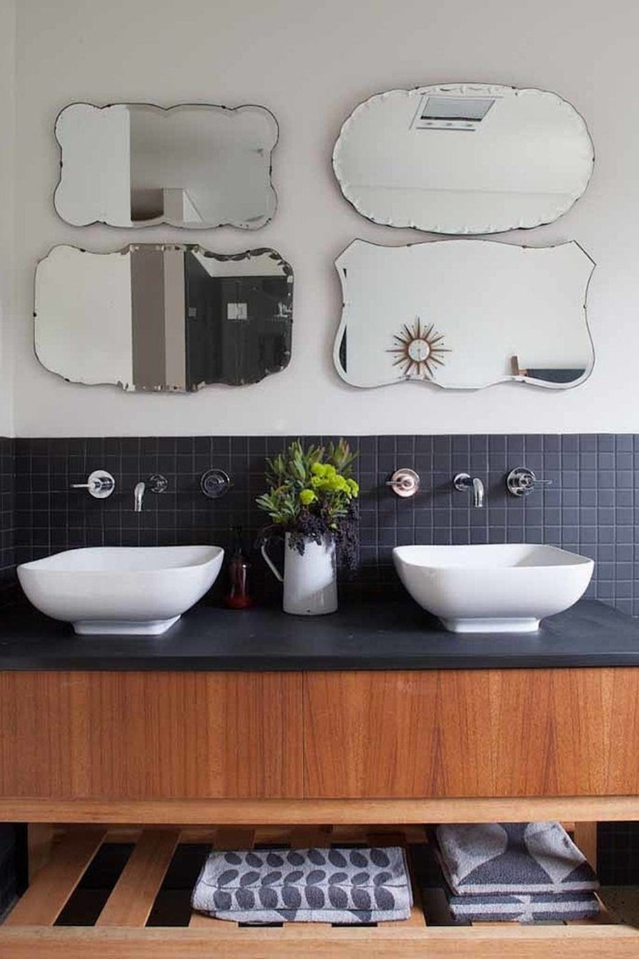 Design of a country house in a mixed style - 4 small mirrors