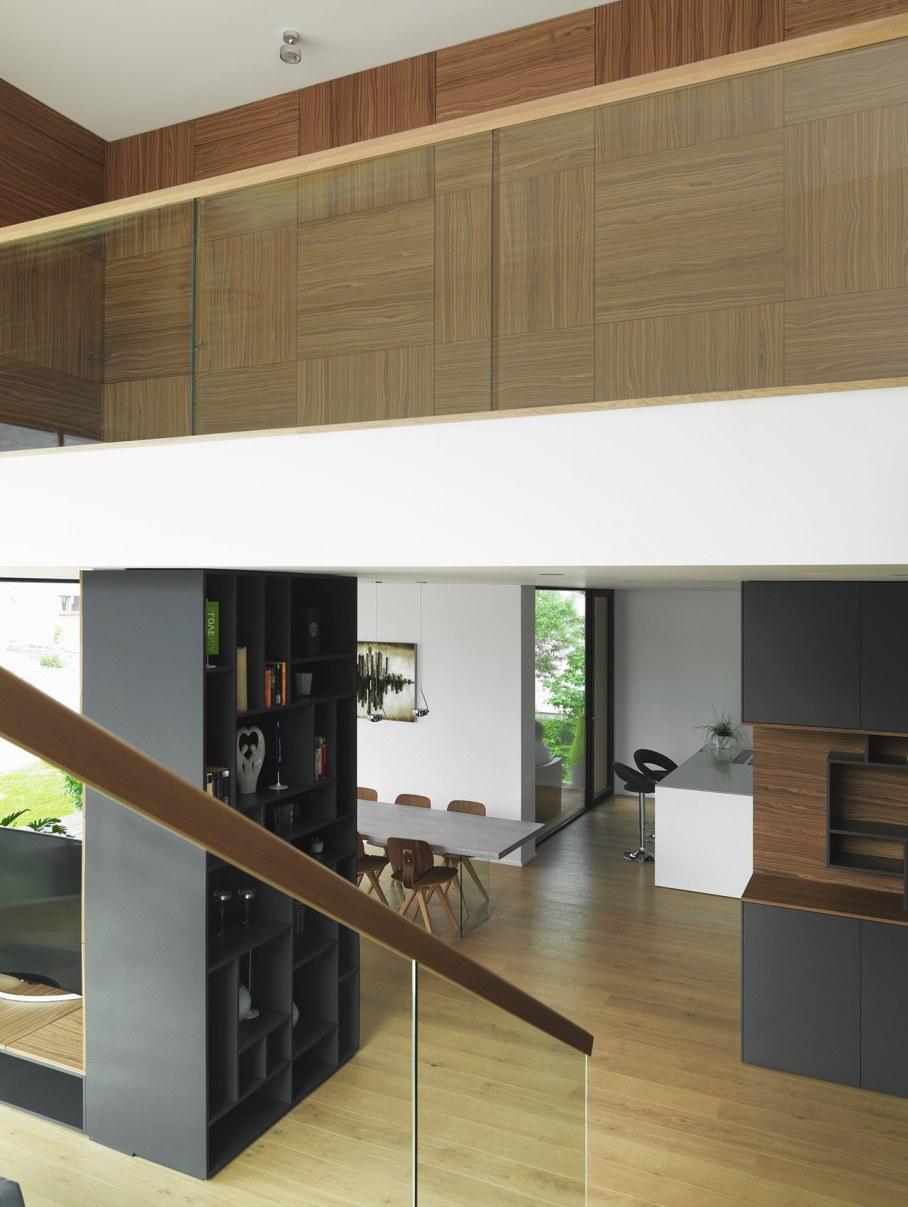Environmentally friendly house by Lumar IG 10