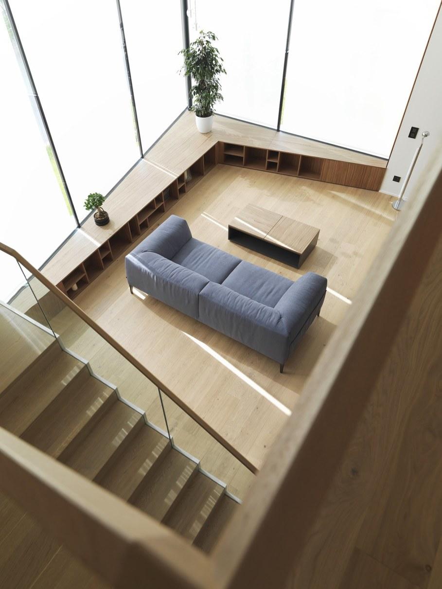 Environmentally friendly house by Lumar IG 11