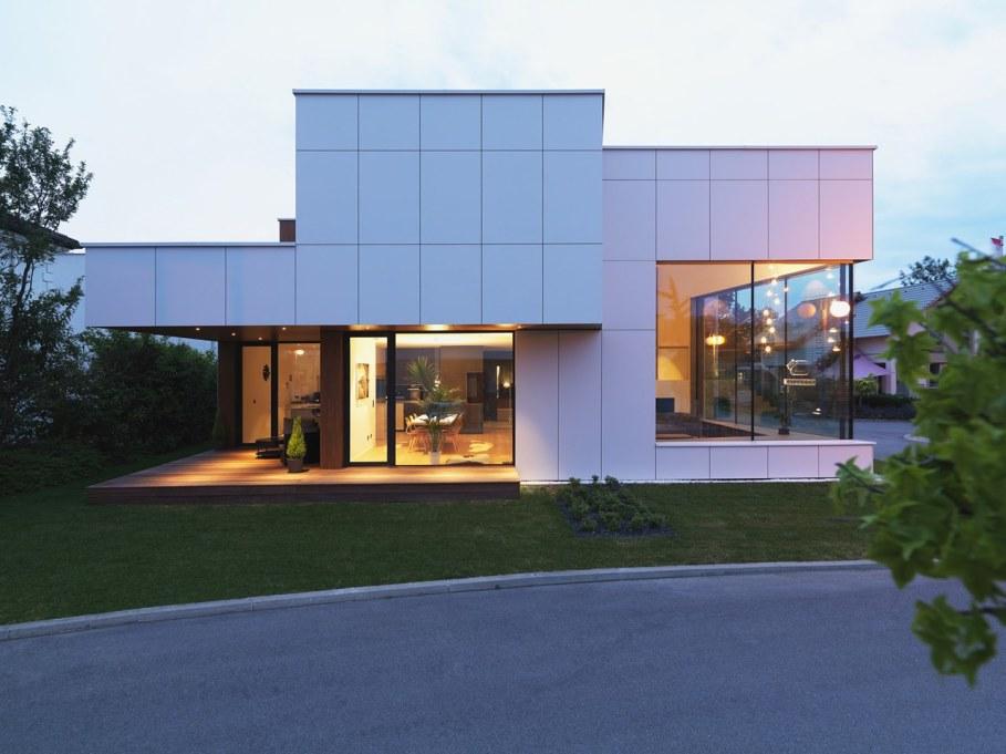Environmentally friendly house by Lumar IG 2