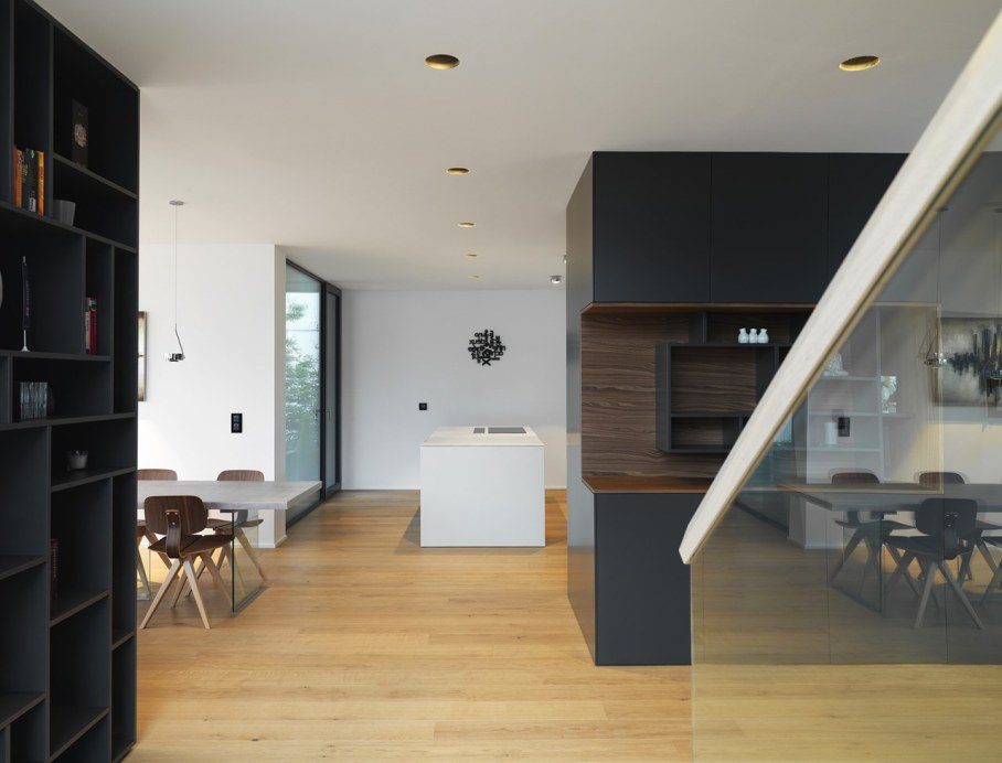 Environmentally friendly house by Lumar IG 4