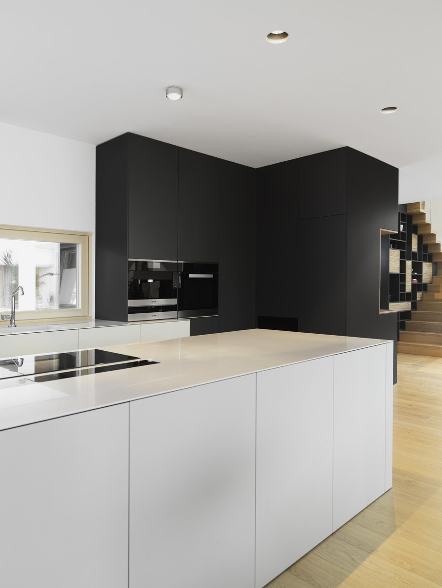 Environmentally friendly house by Lumar IG 7