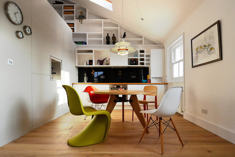 Functional loft for comfortable life and work in London 2