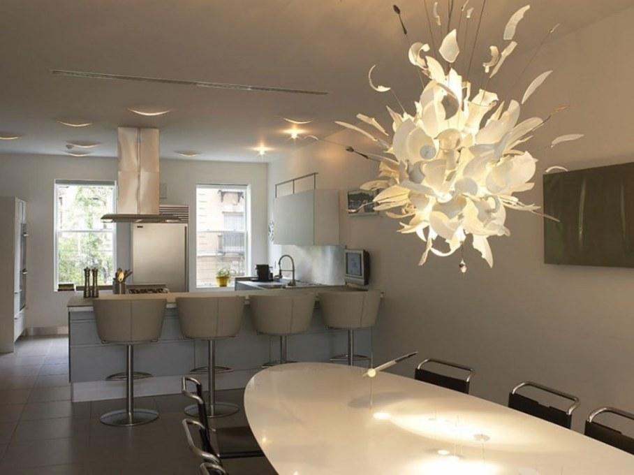 Luxury townhouse in New York - kitchen island 1