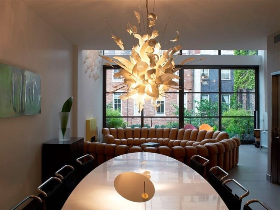 Interior design luxurious townhouse in new york with two for New york townhouse interior