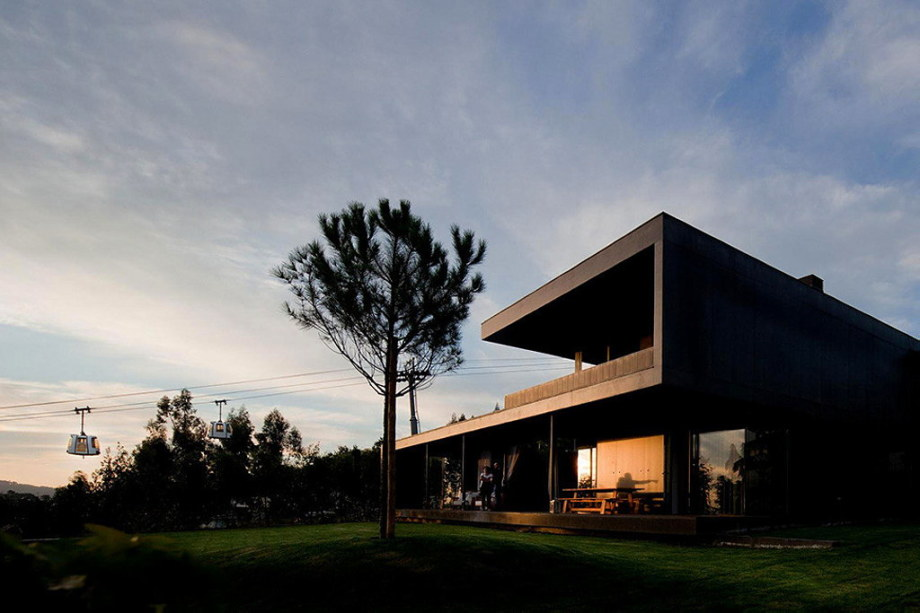 Mansion by Pitagoras Arquitectos in Portugal 27