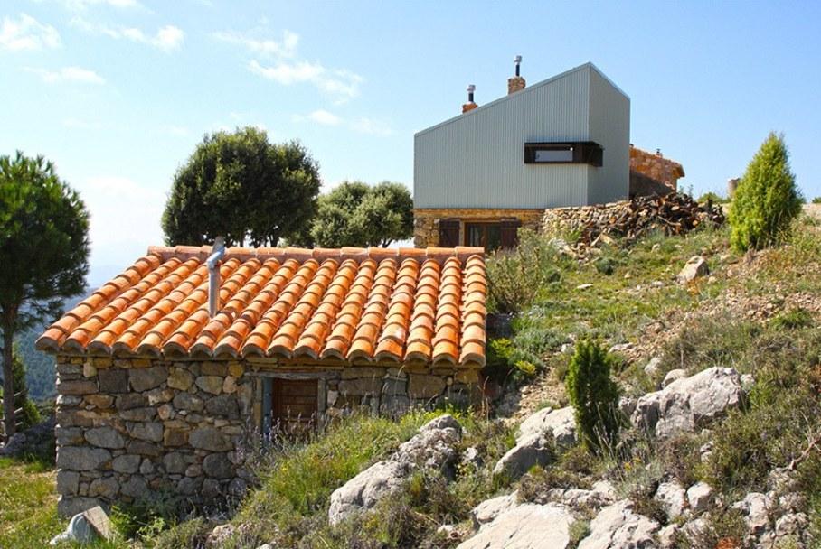 Mas del Caixo House in Spain From Teo Hidalgo Nacher and Felipe Garcia 1