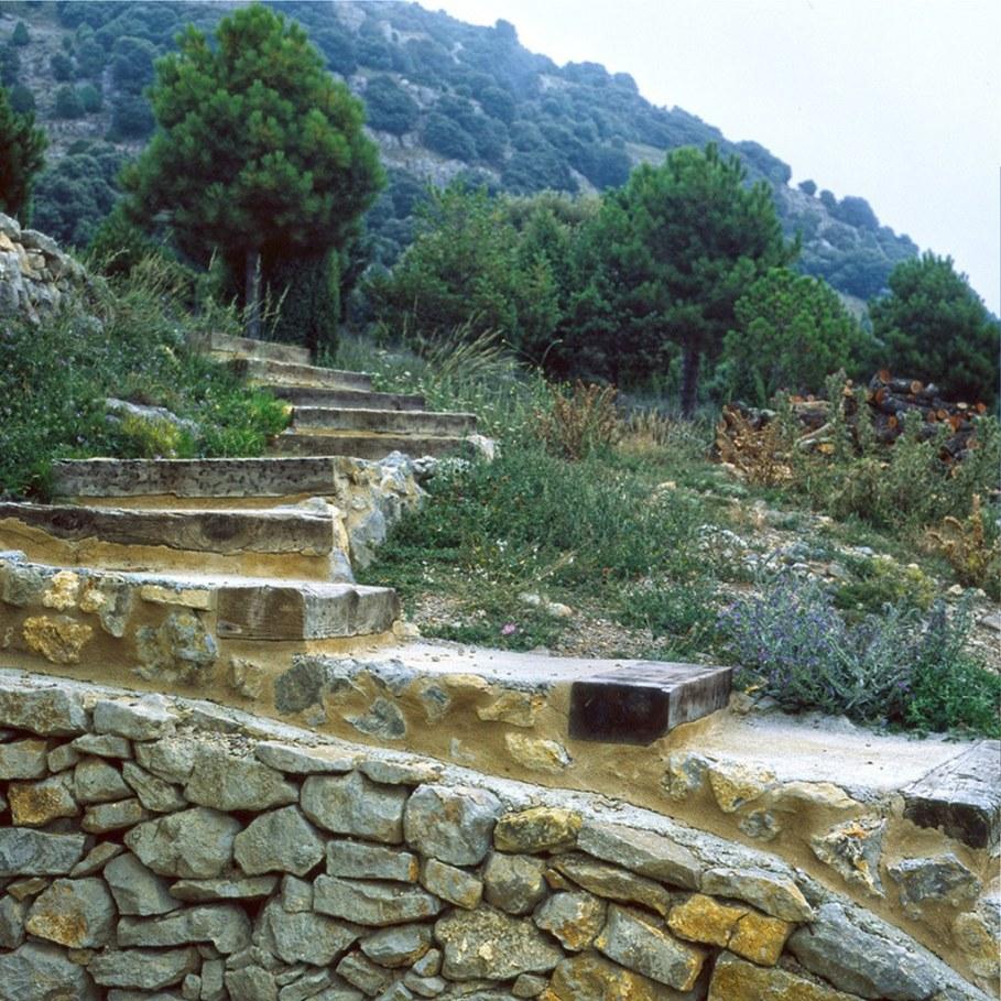 Mas del Caixo House in Spain From Teo Hidalgo Nacher and Felipe Garcia 10