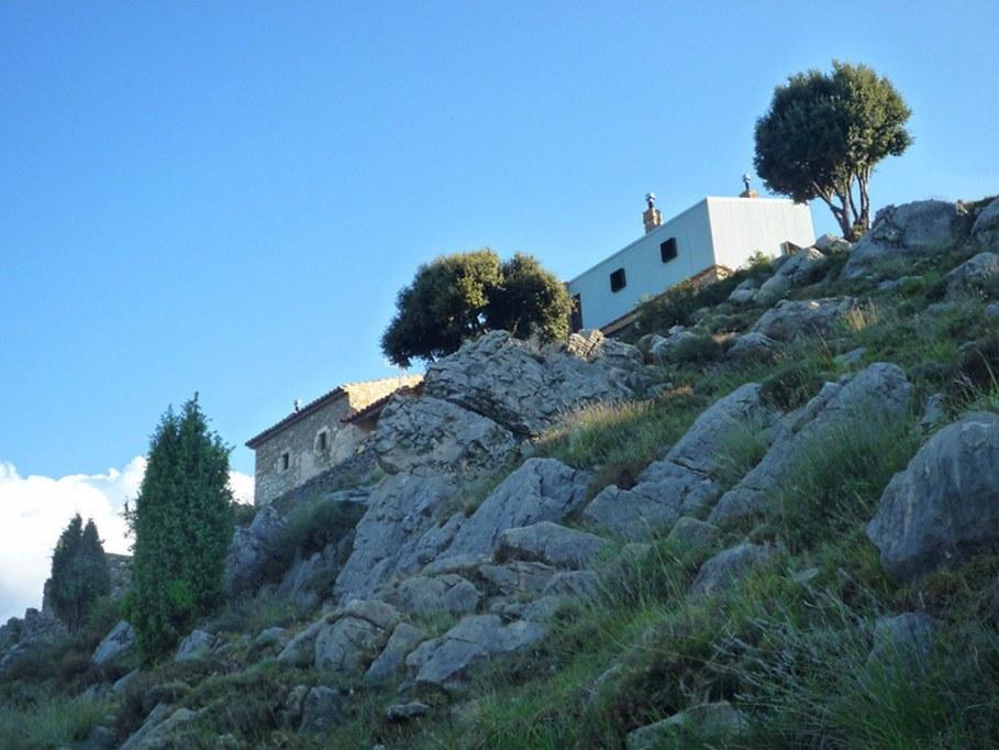Mas del Caixo House in Spain From Teo Hidalgo Nacher and Felipe Garcia 11
