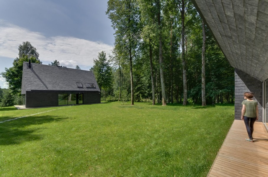 Modern Lithuanian Rural House in Trakai 5