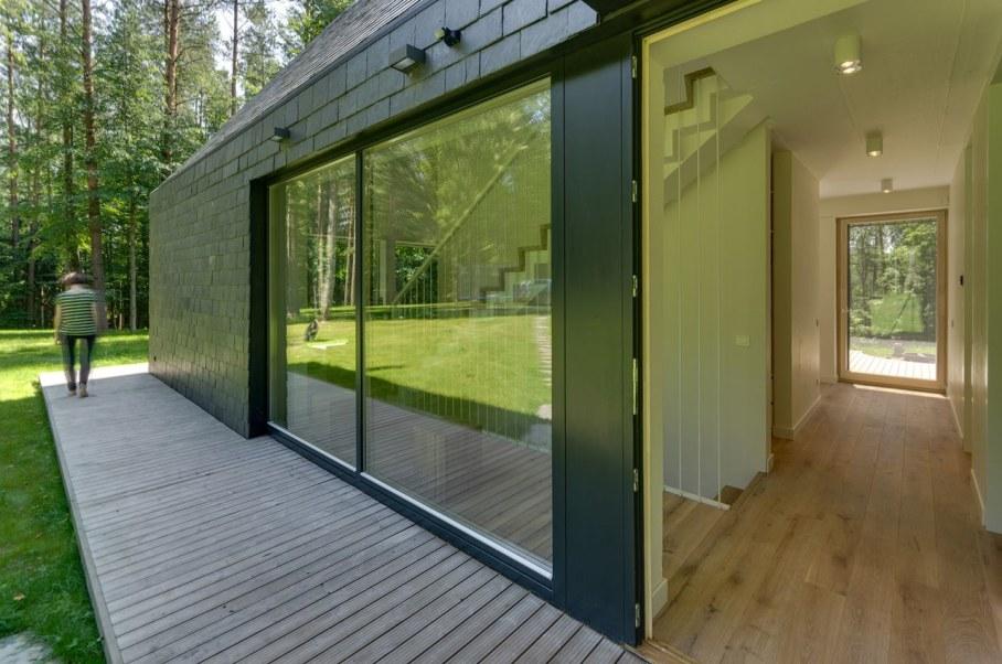 Modern Lithuanian Rural House in Trakai 7