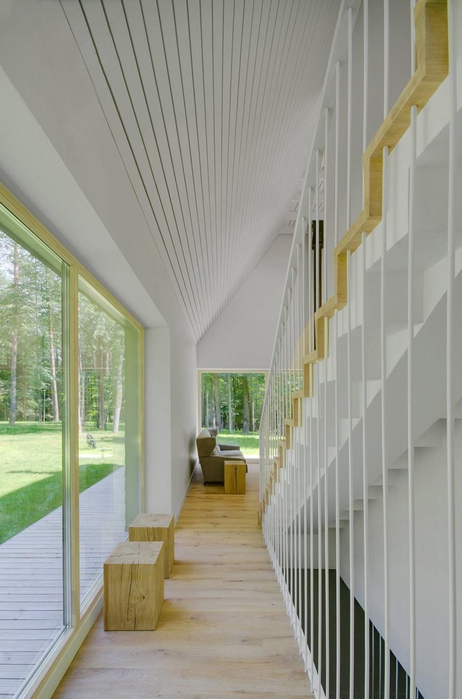 Modern Lithuanian Rural House in Trakai 9