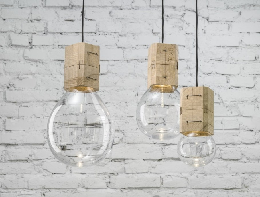 Moulds lamp in a classic form 1