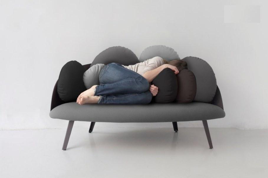 Nubilo - a miniature sofa in a cloud shape - comfortable