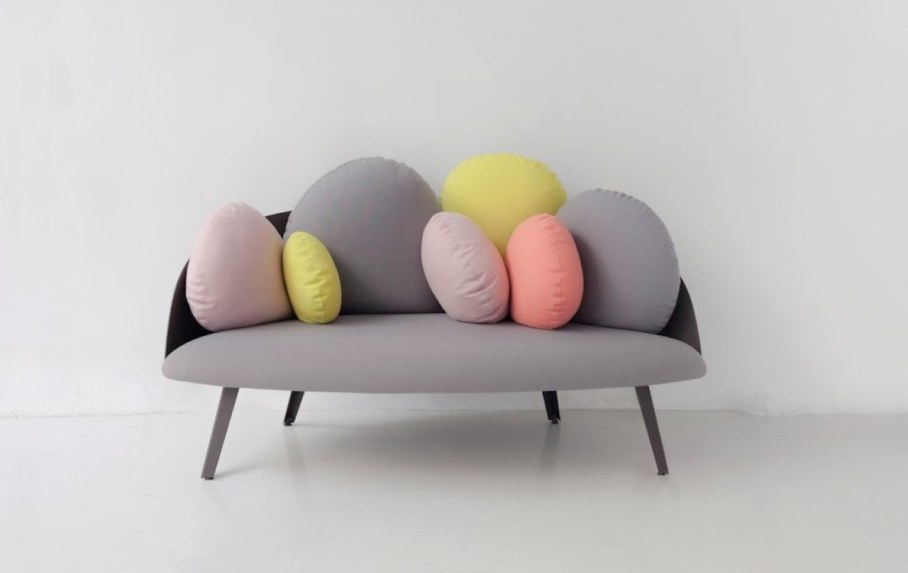 Nubilo - a miniature sofa in a cloud shape - pink