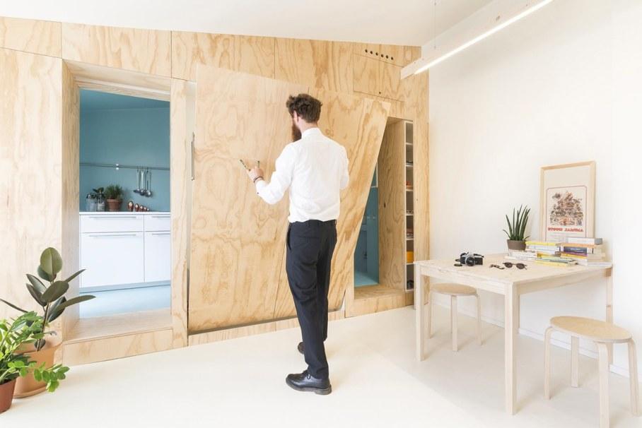 OCS Batipin Flat Transformer Apartment In Milan - living room dining room and bedroom 2