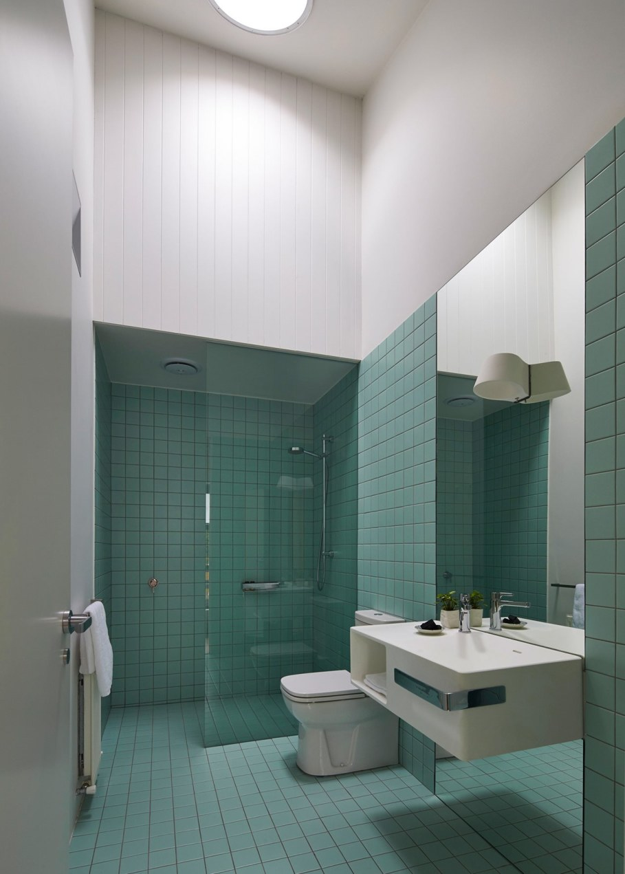Reconstruction in favor of simplicity and openness - Bathroom design ideas