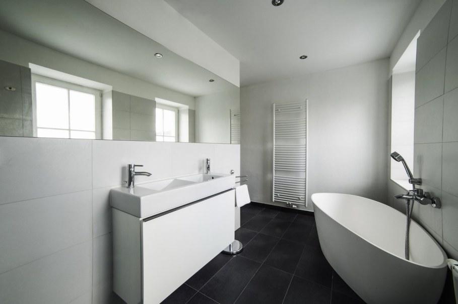 Spacious loft in the Czech Republic - Bathroom