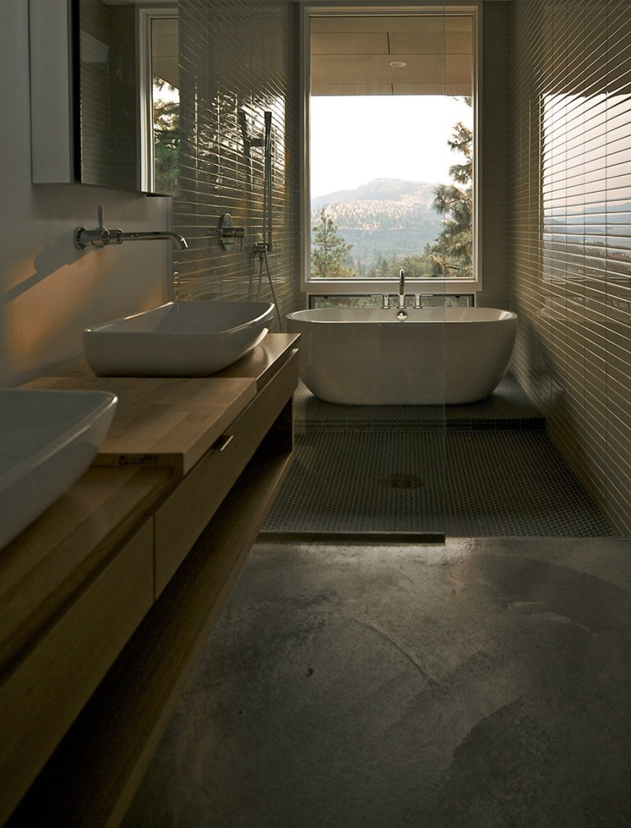 The House On The Hillside With A Marvelous View 10