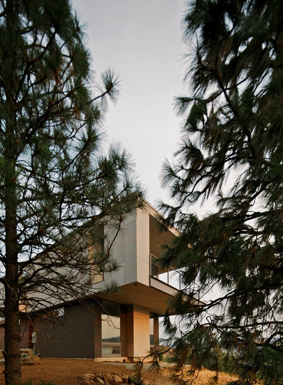 The House On The Hillside With A Marvelous View 2