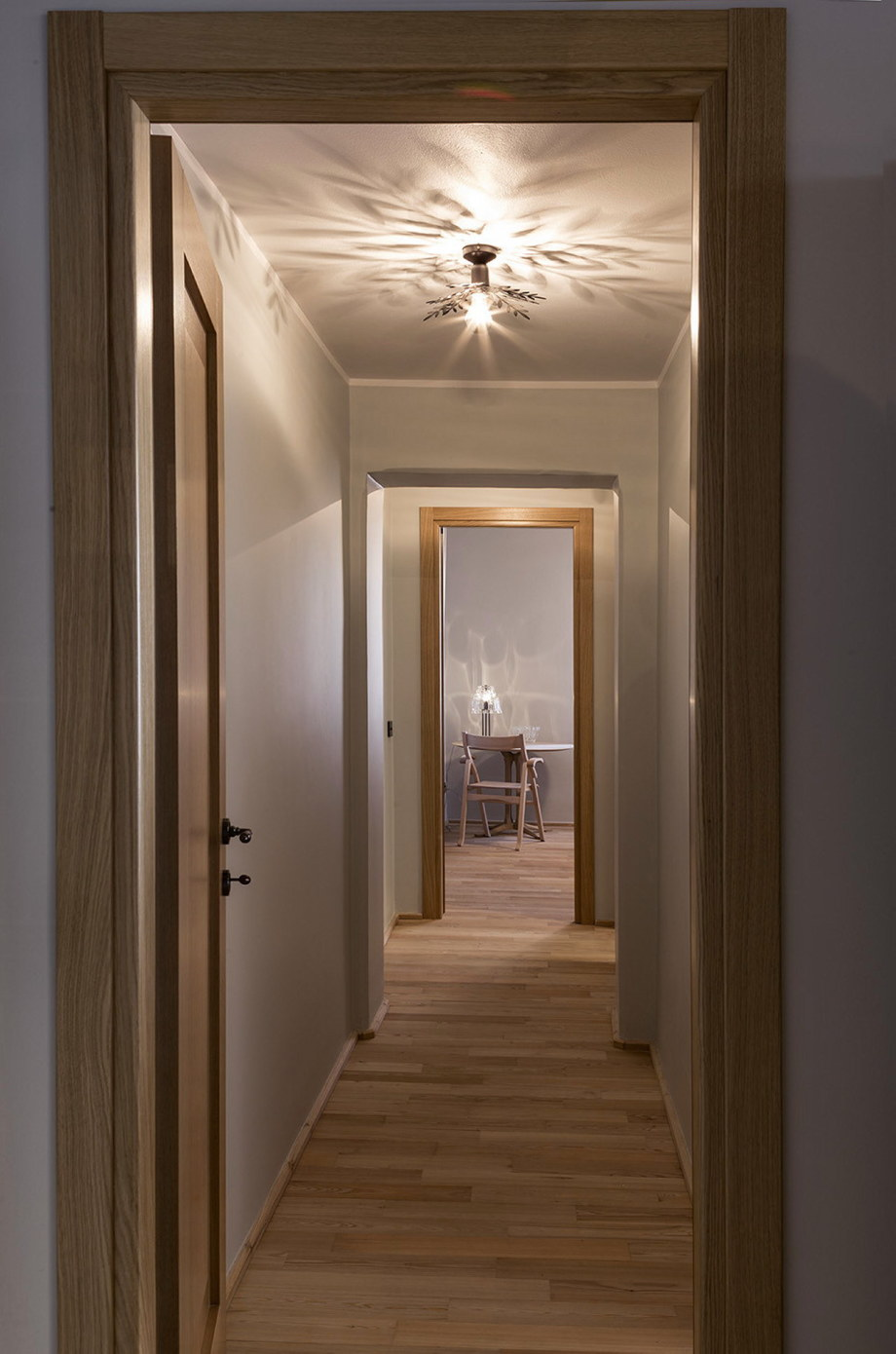 The apartment in the building of the XIX century in Milan - Interior
