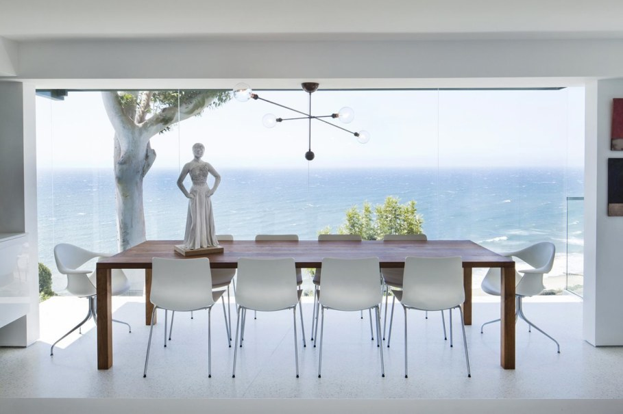 The energy-efficient house with views of The Pacific 2