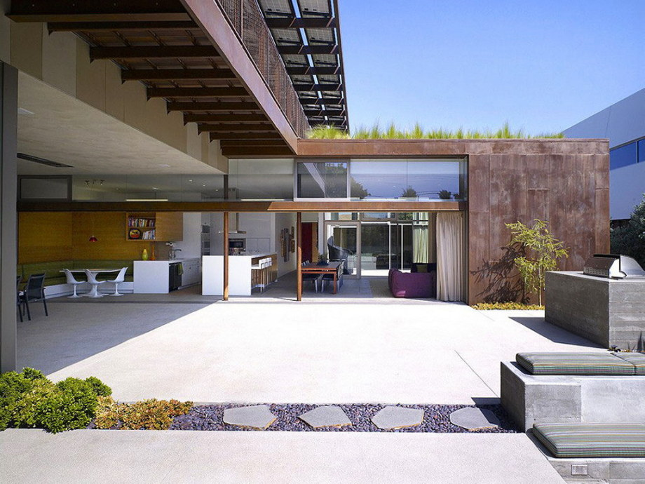 The house for family with children in Los Angeles 7