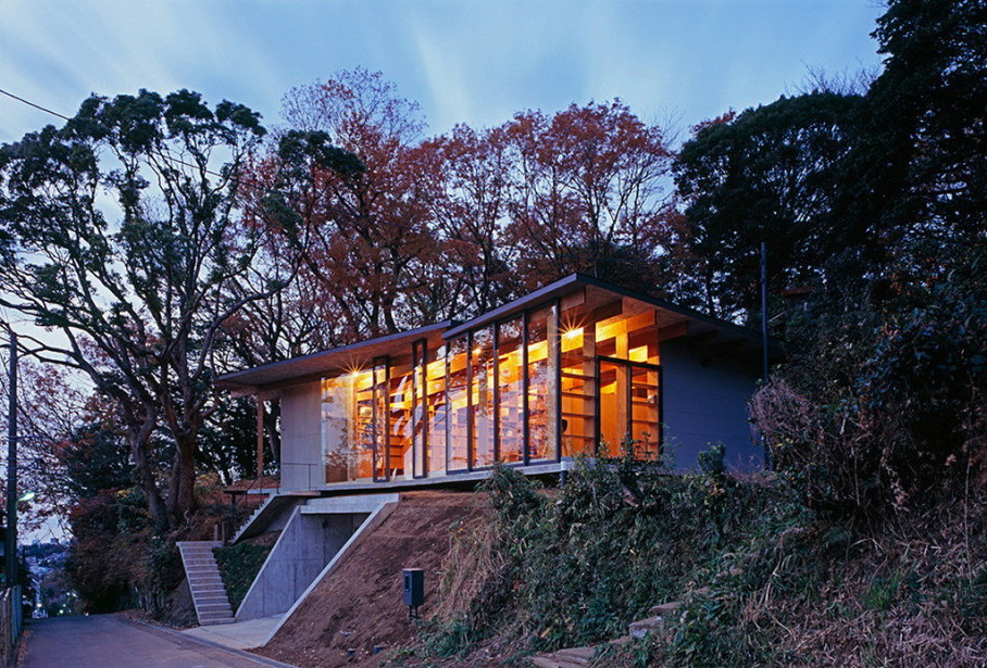 The house is on top of a ridge in Japan 1