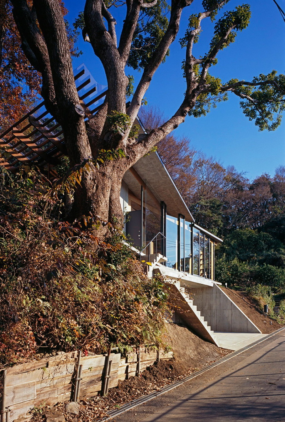 The house is on top of a ridge in Japan 19