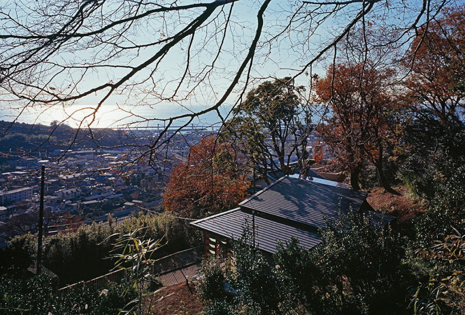 The house is on top of a ridge in Japan 24