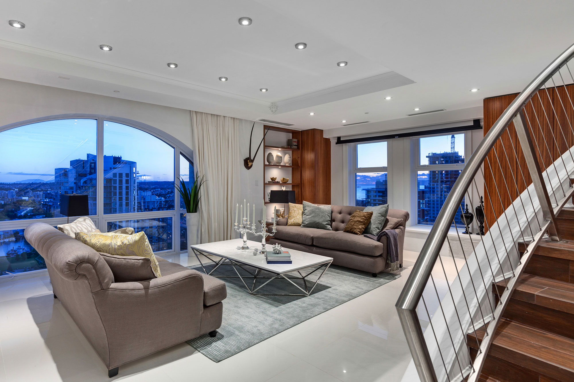 The luxury penthouse elysium in grace tower vancouver canada for Modern living room furniture vancouver