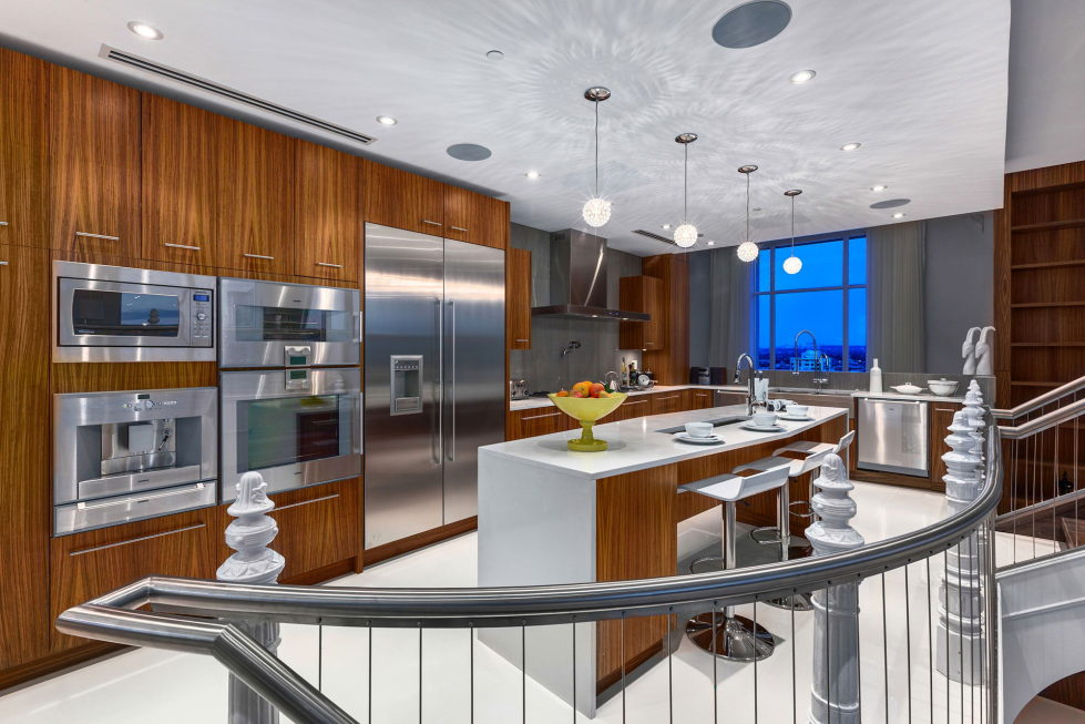 The luxury penthouse Elysium in Grace Tower, Vancouver, Canada 6